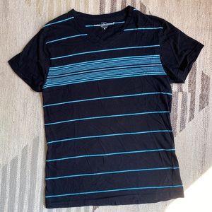 [sunday work clothes] v neck t shirt size M